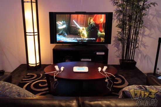 摆在客厅桌上很像是高科技遥控器,可搭配Wii周边游玩