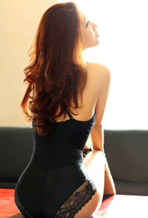 贵妇气质美女模特性感写真