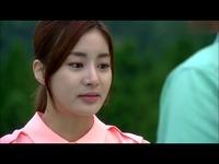 韩剧激情戏 帅哥野外强吻美女 游戏视频