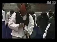 视频: 韩国美女被绑十字架打屁股