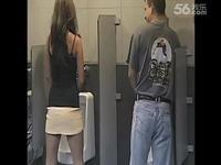 视频: 美女进男厕上厕所的激情一幕