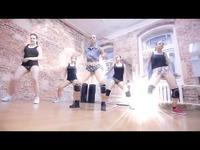 俄罗斯美女们的抖臀舞